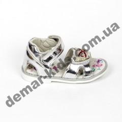 Детские голографические босоножки BBT серебро камни бантик