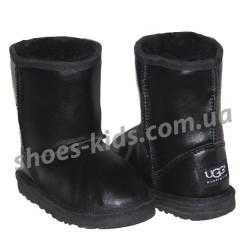 Детские угги UGG  KIDS CLASSIC SHORT (черные краска )