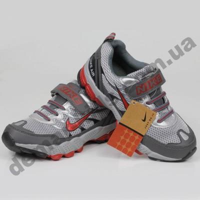 Детские кроссовки Nike серебристо-красные